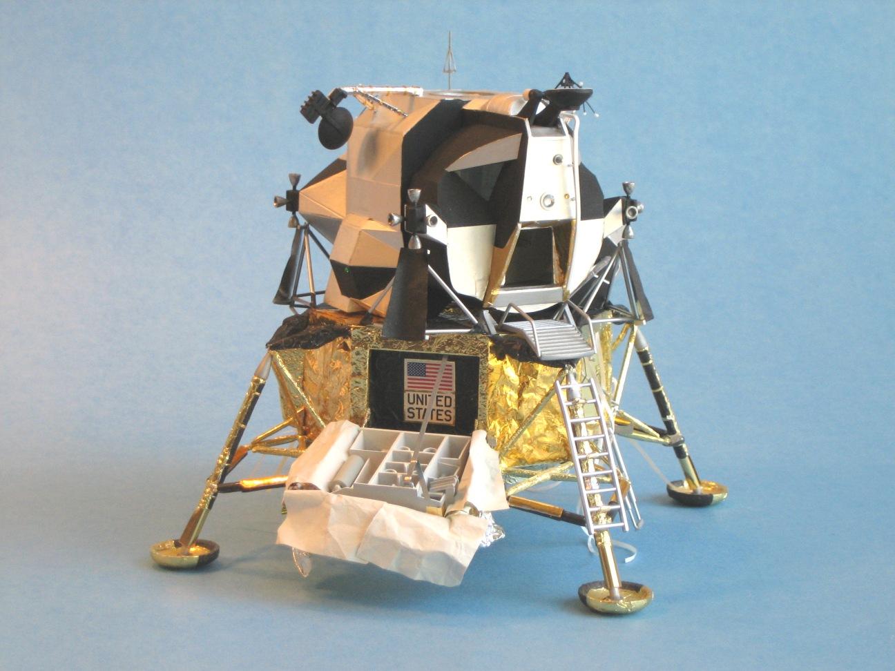 Lunar Lander Model (page 2) - Pics about space